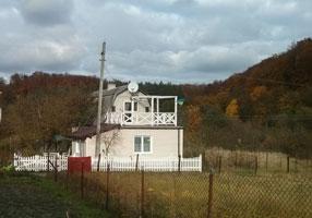 Пластиковй штакетний паркан в Рокитне, Яворівского р-ну на Львівщині
